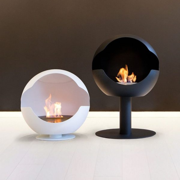 Vauni Globe Black and White