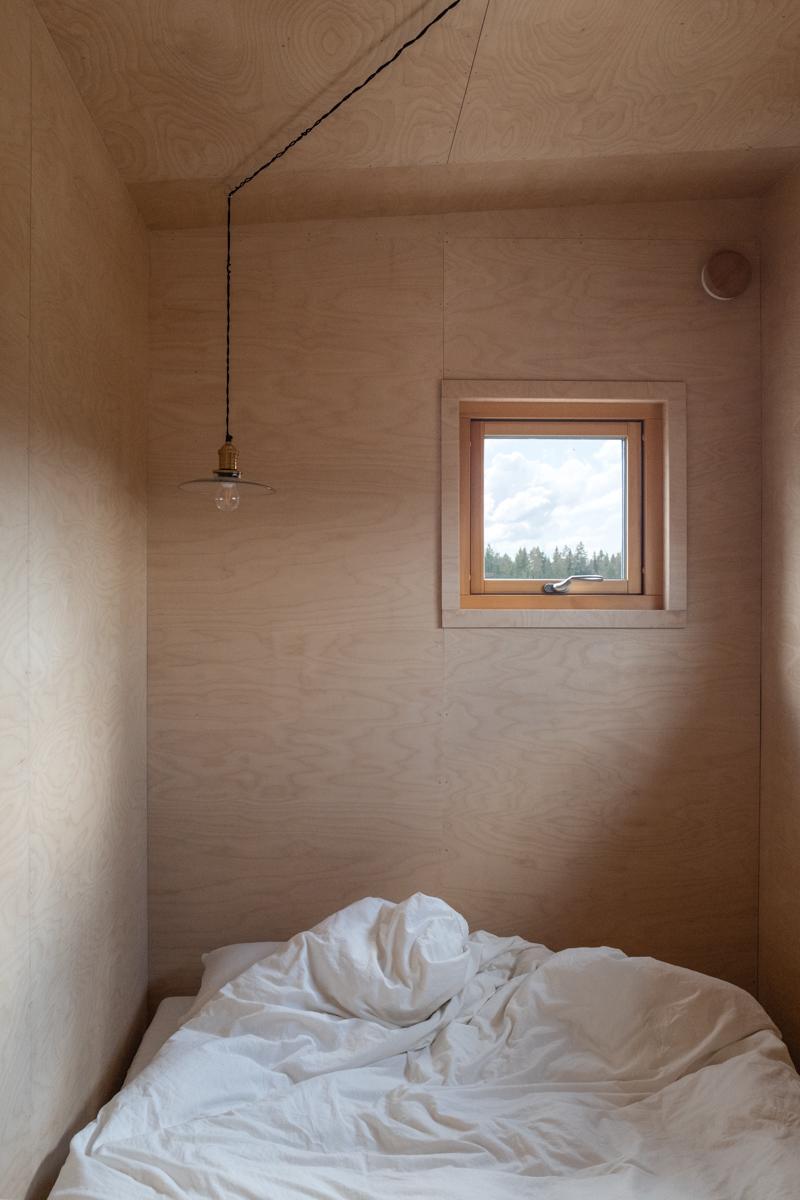 inredning plywood sovrum